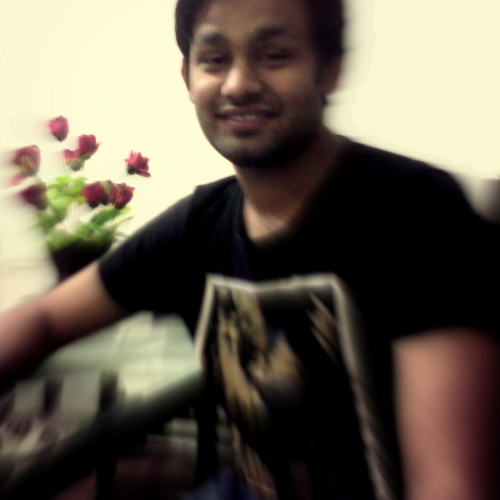 Touqeer Hashim's avatar