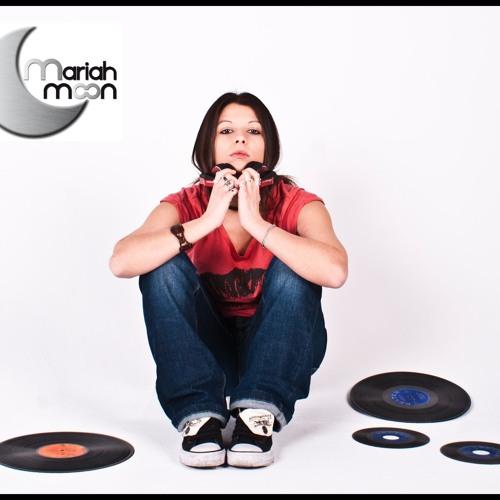 Mariah Moon's avatar