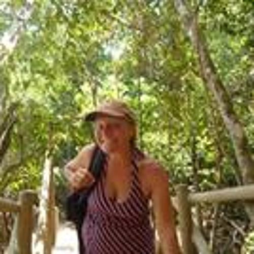 Lisa Joniak Athearn's avatar