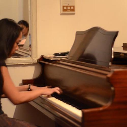 Carmela's avatar