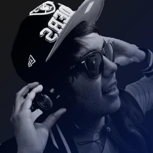 renzobrowndj2's avatar