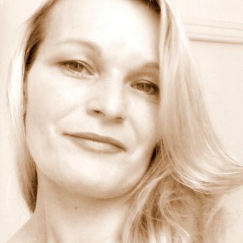Karine Cap's avatar