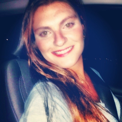 larissa_favoni's avatar