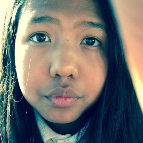 Heidi Lim Houth's avatar