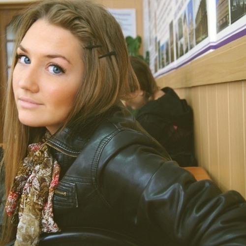 Alice Lesnitskaya's avatar