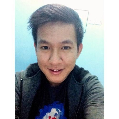 Francisco Daniel Chris's avatar