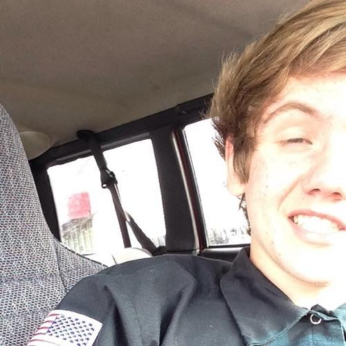 Rem Nielson's avatar