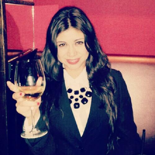 Niza Ivanova's avatar
