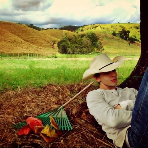 Henrique Fontes 2's avatar