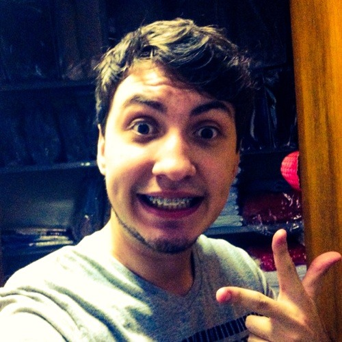 Rafael Lucarelli's avatar