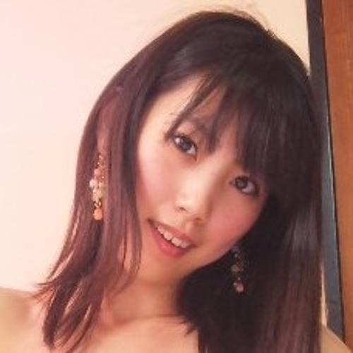 Julia Arakawa's avatar