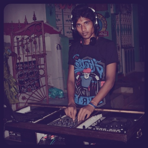 disc jockey san's avatar