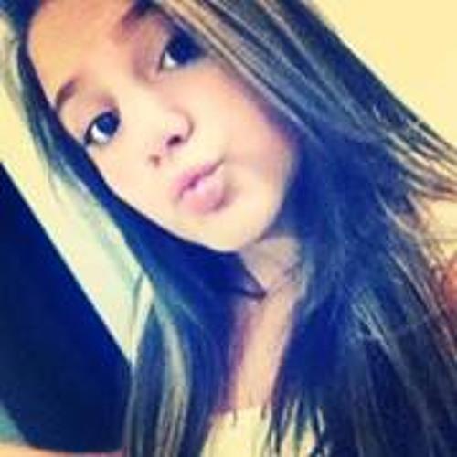 Lara Junqueira 2's avatar