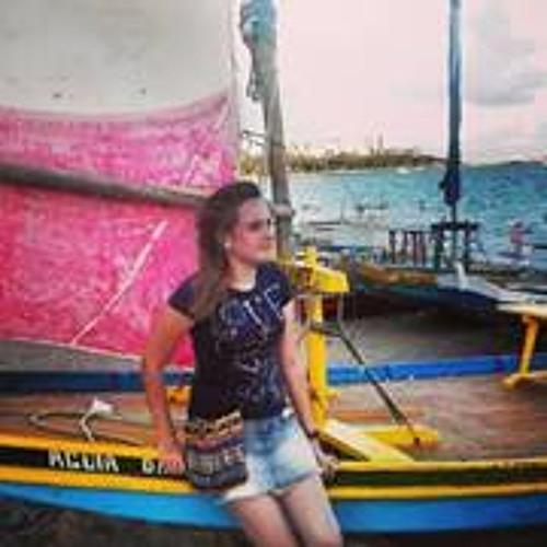 Anna Toledo Barbosa's avatar