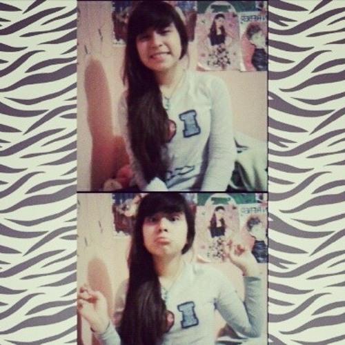 Aylin Juarez's avatar