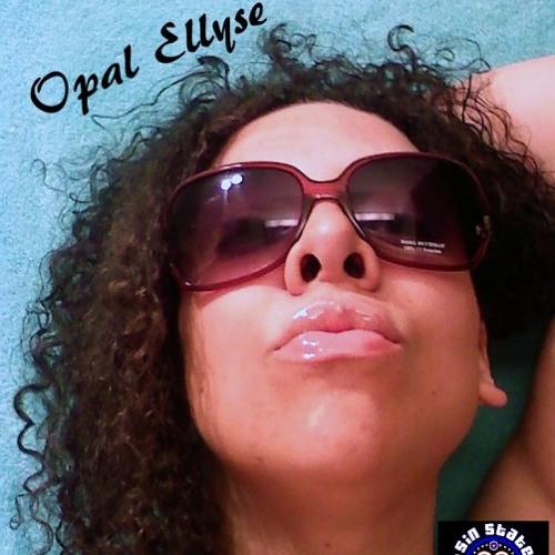 Opal Ellyse's avatar