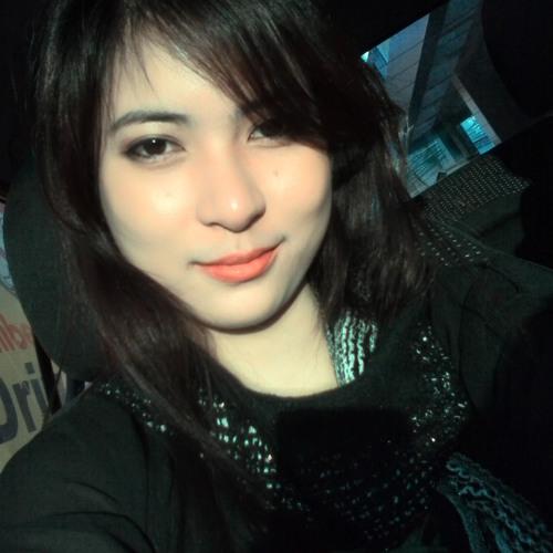 Michelle Ynson's avatar
