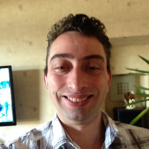 user523585895's avatar