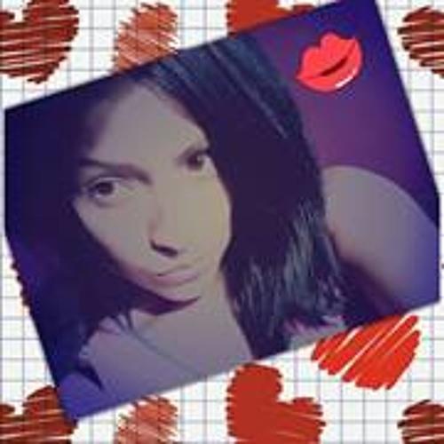Karóól Llmll's avatar