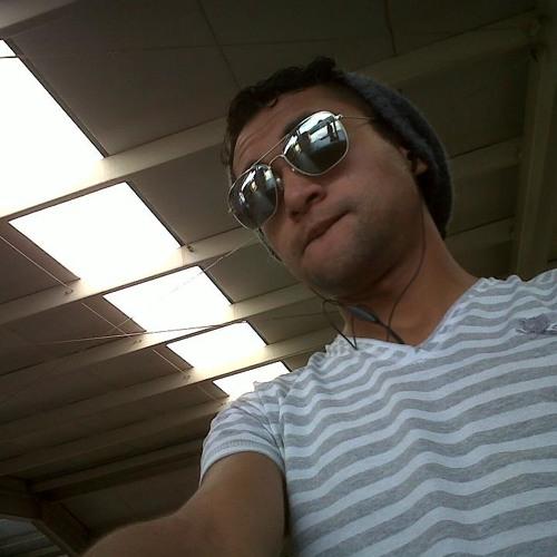 Angel Alvarado Camacho's avatar