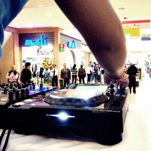 ϟ         DJ SAMMY's avatar