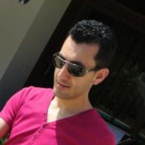 Reza Mo's avatar