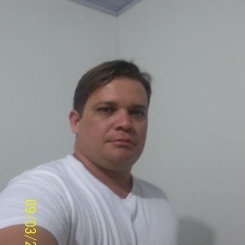 ricardofaoly's avatar