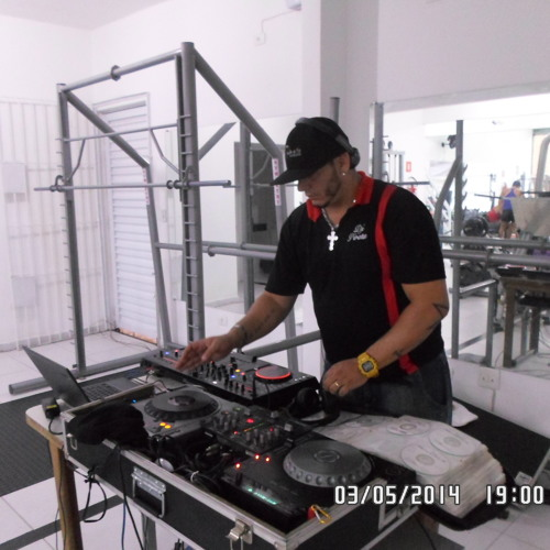 DJ PIRATA's avatar
