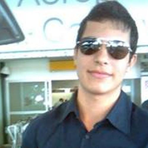 Guilherme Pires 21's avatar