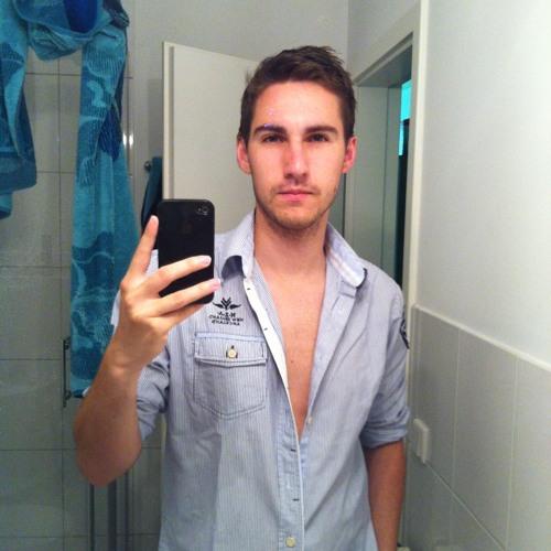 Christian Möller 8's avatar