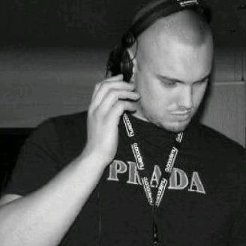 ANDY MILLS PIN 286FDDCC's avatar