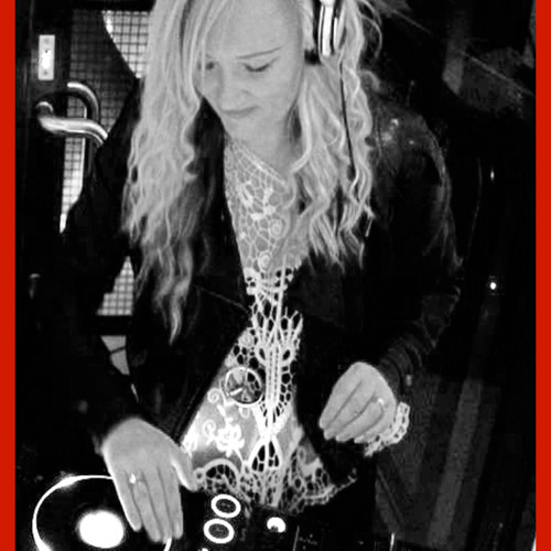 Nikki Flame Jordan's avatar