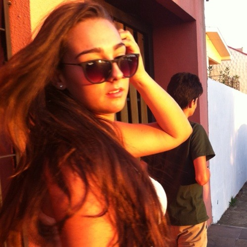 Gabrielle Bizarro's avatar