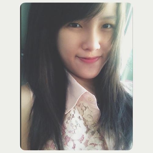 Evelyn Winata's avatar