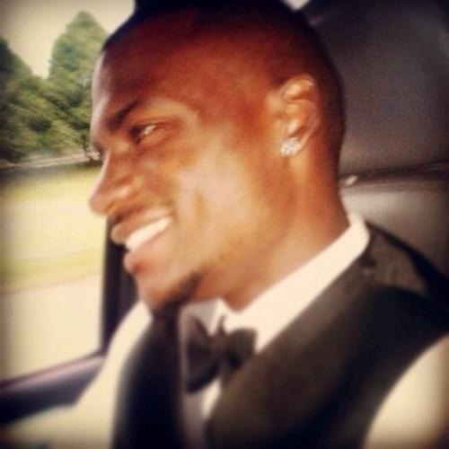 Derrick Ellis (D.E)'s avatar