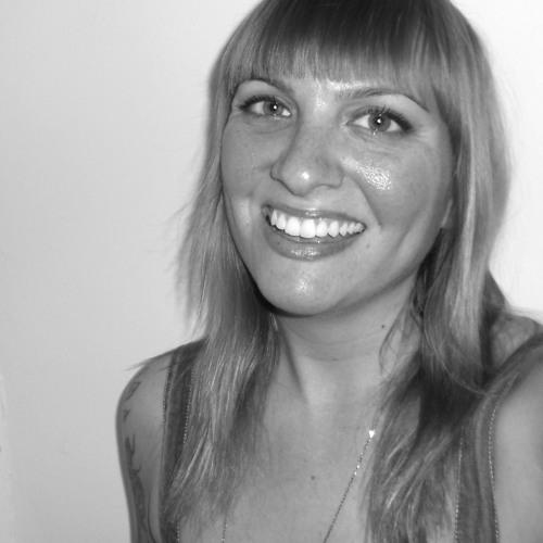 CarlyComando's avatar