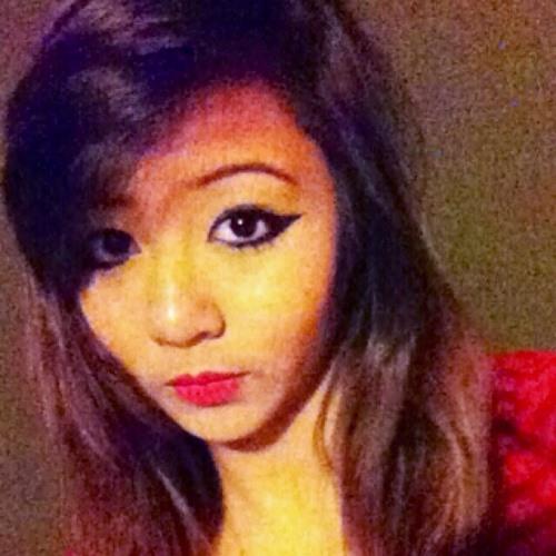 Nadia Nik's avatar