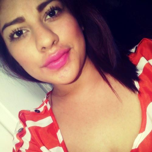 Karlita Ramos's avatar