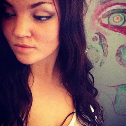 Linn Aria's avatar