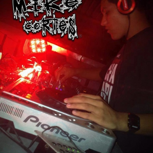 Dj Mike Cortes's avatar