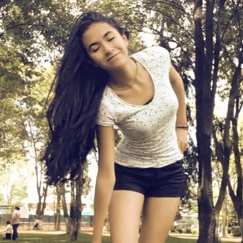 Julieta Oli's avatar
