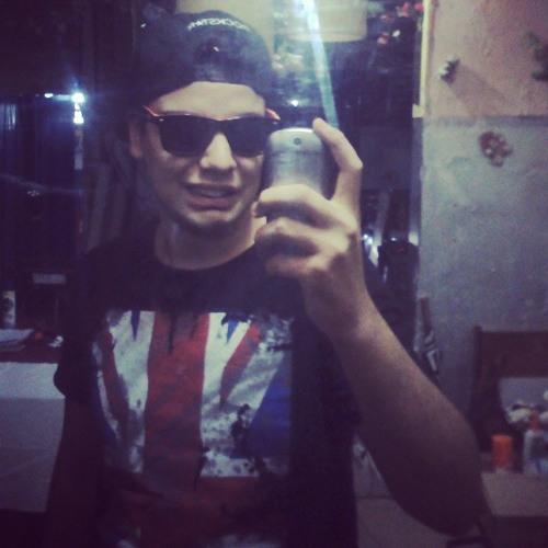 DeLugarees Diego's avatar