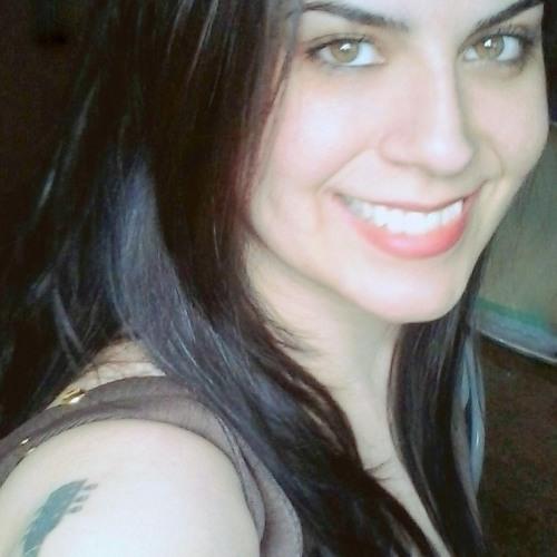 Maíra mattos's avatar