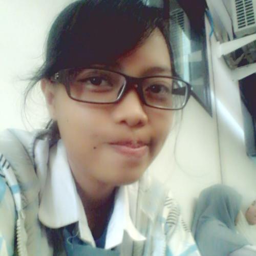 yasintiaDeA's avatar