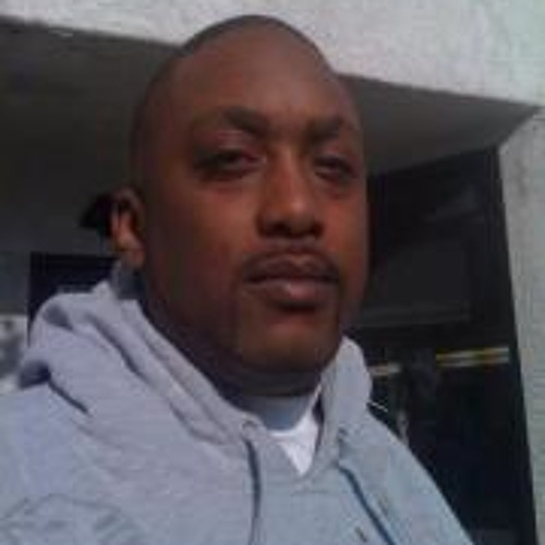 Christopher Womack 2's avatar