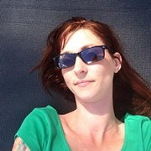 Delaina Hall's avatar