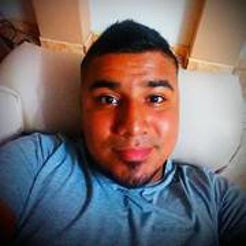 Enrique Cordova 3's avatar