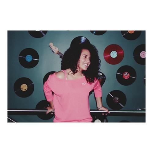 Nicole Santana V.'s avatar