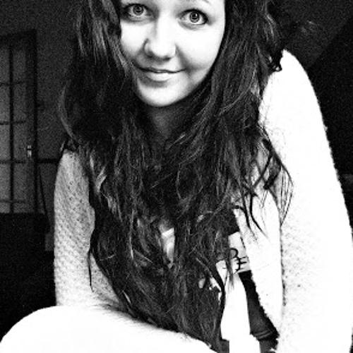 Bella Mac 2's avatar