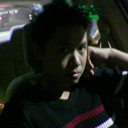 howhow0911's avatar